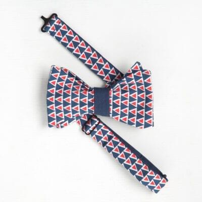 Nœuds papillon et cravates
